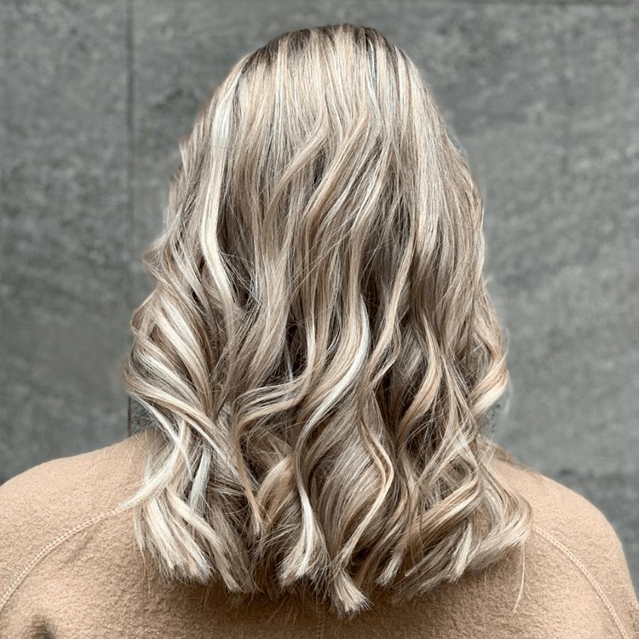 kall blond balayage
